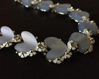 THERMOSET - Vintage LUCITE Choker - BLUE Hearts - Rhinstone - White Enamel - Daisy