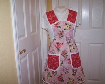 Roses and Bubbles Womens Apron, Pink Flowered Hostess Apron, Pretty Two Pocket Ladies Smock, cover up