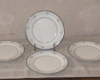 Royal Doulton Suzanne Bread and Butter Plates - Set of 4