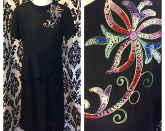GORGEOUS 1940s rayon Black Beauty with amazing shoulder embroidery-large