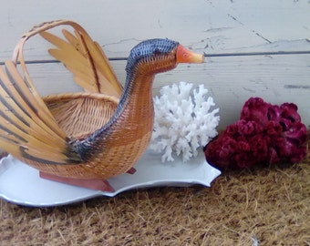 Vintage Duck Figural Basket With Handle - Retro Wooden Basket + Organizing Market Basket, Bathroom Storage Solution, Organizing Basket