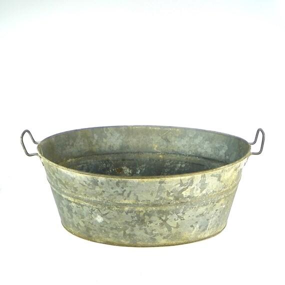 Vintage oval galvanized tub vintage metal tub basin for Large metal wash tub