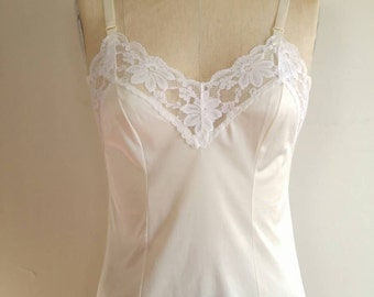Lorraine ivory lace cami 34