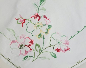 Vintage Small White Embroidered Tablecloth Pastel Flower Bouquets
