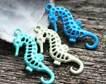 3pc Seahorse charms MIX in Blue, Turquoise, Painted Metal Casting, Seahorse pendant bead - F442