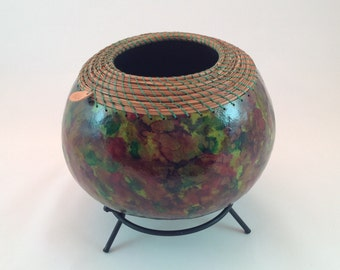 Multi colred gourd that compliments any color scheme.