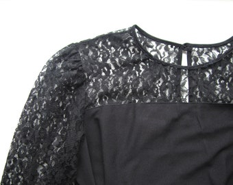 Black lace dress vintage for women in Small/Medium