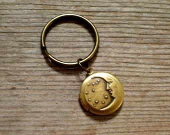Moon and Stars Locket Keychain, Art Deco Celestial Locket Key Ring, Golden Brass Round Locket Key Chain, Moon Stars Keychain