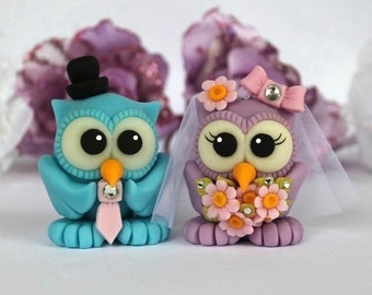 Custom bride and groom love birds owl wedding cake topper - daisies bridal bouquet