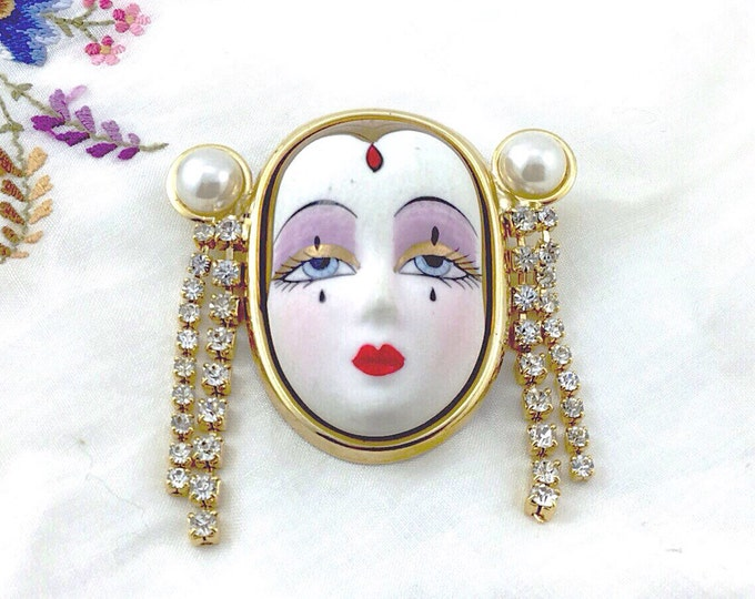 Amazing Vintage Porcelain Face Brooch with rhinestones, Art Form Jewelry. Beautiful Face. Mime. Red Lips. Art Deco Style Face.