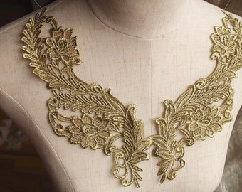 one pair of metallic gold lace applique with retro floral