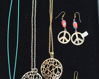 Destash peace sign jewelry, 6 items
