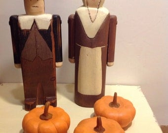Wooden Pilgrim Couple from Wolf Creek '89, signed Savage, First Thanksgiving
