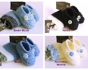 Blue Baby Boy Hat and Booties Set 0-3 months Crochet Newborn Gift Set