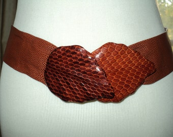 Vintage Snake Skin Leather Size Small Embossed Belt with lovely brown leather fall leaf design clasps at yo ur waist in Near Mint Condition