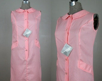 25% Off Summer Sale.... Vintage 1960s Shift Dress 60s Gingham Sleeveless Dress NOS Unworn Size 4/6S
