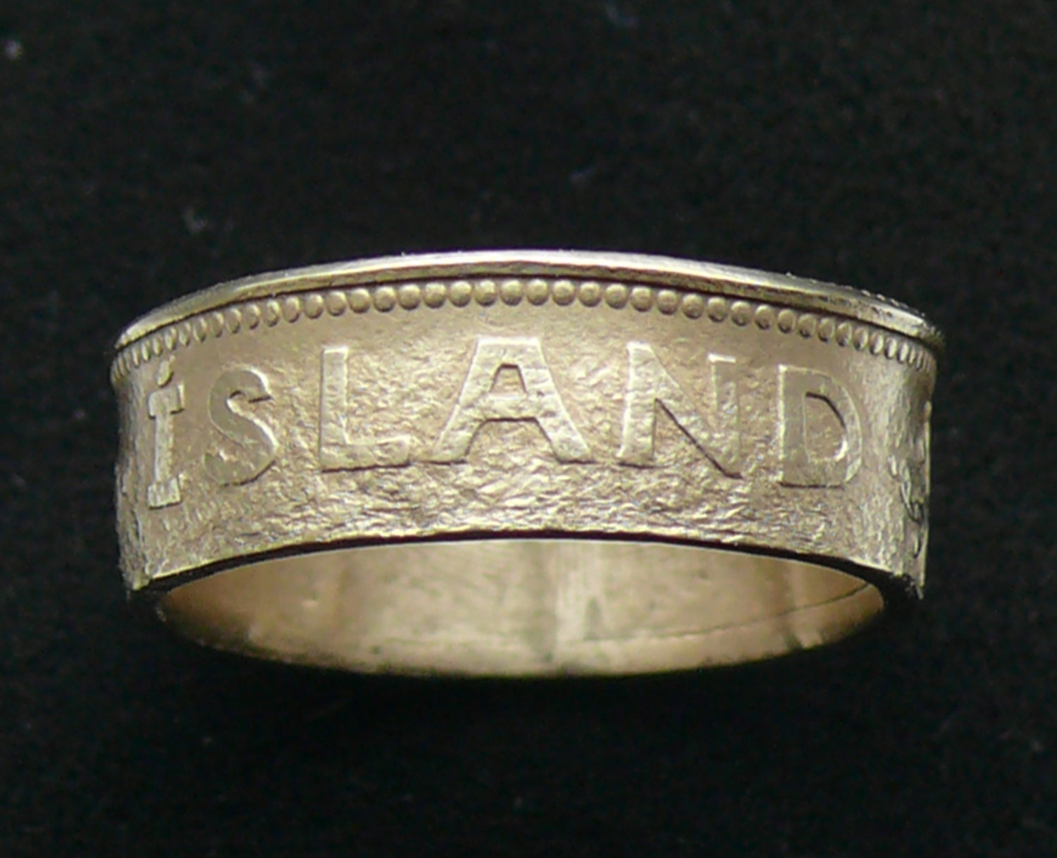 Ladies Bronze Coin Ring 1940 Iceland 1 Krona Ring Size 5 14. Pebble Engagement Rings. Thumb Engagement Rings. Point Wedding Rings. Attached Gold Rings. Kay Wedding Rings. Black And White Wedding Rings. Roll Wedding Rings. Engagement Wedding Rings