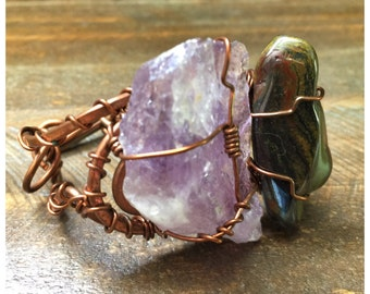 Beautiful One of a Kind copper bracelet with Amethyst and Greenstone