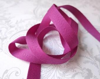 3/8in Fuchsia Herringbone -- 3 yards -- Twill Tape -- Boysenberry Magenta -- 9.5mm
