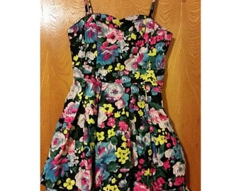 SALE Floral Frilled Short Dress - Size Small (2 for 15 dollars deal)