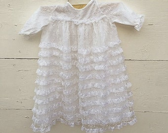 vintage White lace baptismal gown, vintage white gown, vintage christening gown (3-6 months)