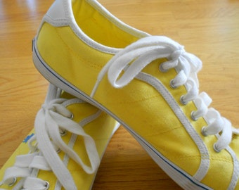 Ralph Lauren Polo sneakers.  Size 9 ladies.  Vintage yellow tennis shoes.