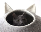 Pet gift - pet bed - Cat bed - cat cave - cat house - eco-friendly handmade felted wool cat bed - natural grey and natural white