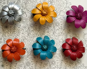 Sonia's Medium Leather flower hair clip