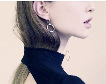 Asymmetrical circle long bar earrings