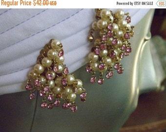"""20%OFF 1950's Vintage Multi Pearl Cluster & Pink Rhinestone Dangle Vintage Earrings, 2"""", Pearl Fringe"""