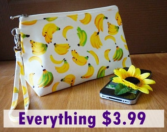 Banana Cosmetic Bag, Banana Zipper Pouch, Fruit zipper pouch, Summer Fruit Zipper pouch, Summer Cosmetic bag, Makeup Zipper Bag, Makeup bag
