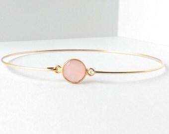 Rose chalcedony bracelet - Chalcedony bangle - Light pink bracelet - Gemstone bracelet - Minimalist jewelry - Everyday jewelry - Gold Bangle