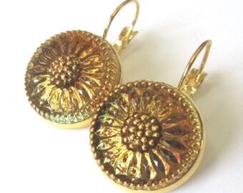 DAISY vintage button earrings, Czech glass buttons, RARE