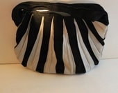 Retro Black and White Vintage Handbag purse satchel