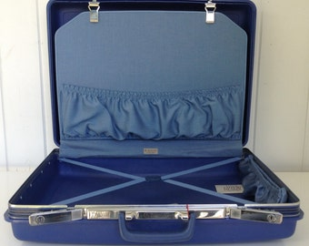 Samsonite Concord Survivor Blue Hard Case Suitcase / Luggage Never Used w/ Origanal Price Tags and Brochure 24 x 18 x 7