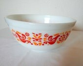 PYREX Friendship 2 1/2 Quart Mixing Bowl #403 Birds Pennsylvania Dutch Vintage Pattern Red Yellow Gold Ovenware Made in USA