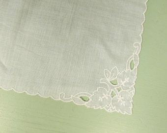Embroidered Leaf Hankie - Vintage White Light Blue Scalloped Edge
