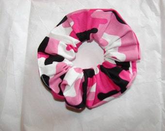 Pink black white Camo Fabric Hair Scrunchie, womans scrunchies, gifts for her, gift for the hunter, women's accessories, hunting accessory