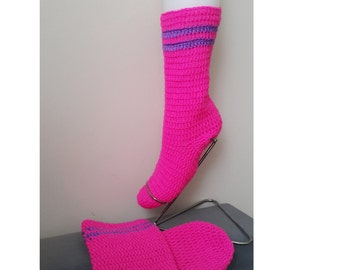 FREE SHiPPiNG  Crochet boots, ethnic style Home Slippers , women slipper socks, Crochet Slipper Boot