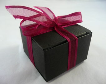 Gift box, only to be purchased with another item