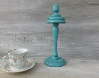 Upcycled Necklace Stand in Distressed Turquoise