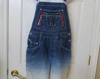 Bib overall shorts Ombre dip dyed bib overall shorts size Medium  34 X 5 womens shorts denim shorts