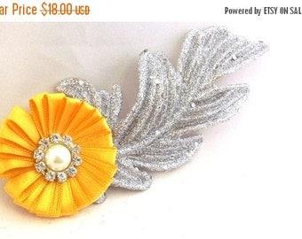 FALL SALE, Flower Fascinator Hair Clip - Silver Yellow Hair Accessory - Handmade Hair Clip