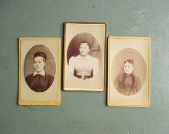 3 antique french photos, Women, France, Paris, 1900, Old paper, Ephemera, Vintage home decor, Photographie, Photo