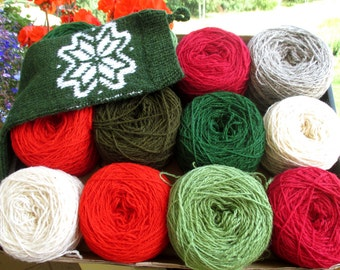 Christmas color box of wool yarn 600 g for knitting  yarn N 8/2 green red white gray colors