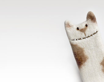 White Cat case for iPhone 5, iPhone 6 case, iPhone SE, Samsung Galaxy S3 / S4 / S5 , felted cat, felt case, unique Cat lover gift