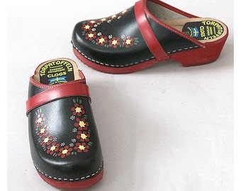 Painted Clogs swedish us6 fr37