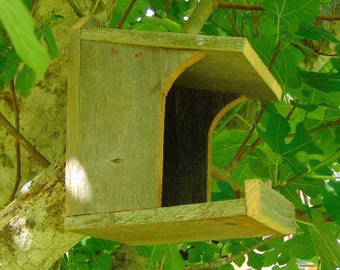 Rustic Nesting Shelter for Robins, Mourning Doves and other non cavity nesters