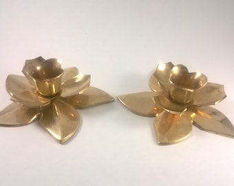 Vintage Brass Daffodil Candlestick Holders-  Retro Candle Decor - Flowers
