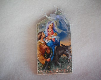 Nativity, Christmas ornament, Christmas decoration, Jesus Mary Joseph, manger, baby Jesus, Madonna, Madonna with child, holiday decoration